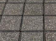 Cobbles and cobble setts: Black granite cobbles
