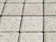 Cobbles and cobble setts: Silver granite cobbles