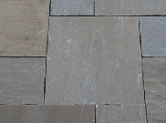 Natural stone paving: Mid brown 10.2mtr2 natural stone paving kit