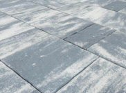 Balmoral patio paving kits: Balmoral silver grey riven paving pack 7.68mtr2